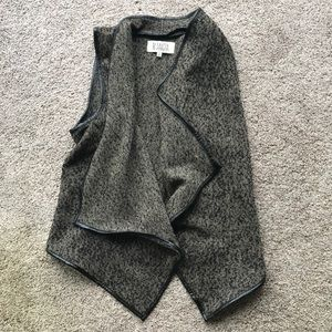 BB Dakota tweed vest